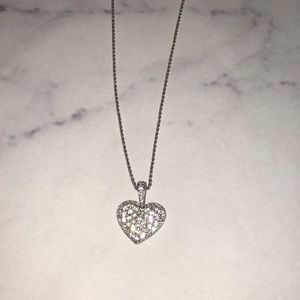 Swarovski can heart necklace